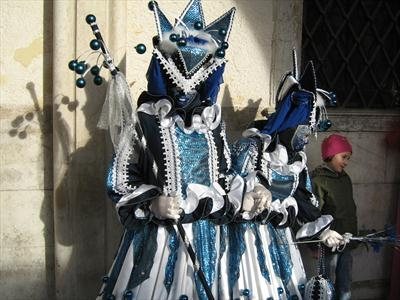 Yes they speak, Venice Carnival